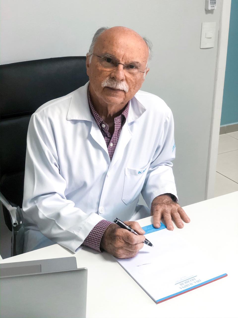 foto dr sinezio